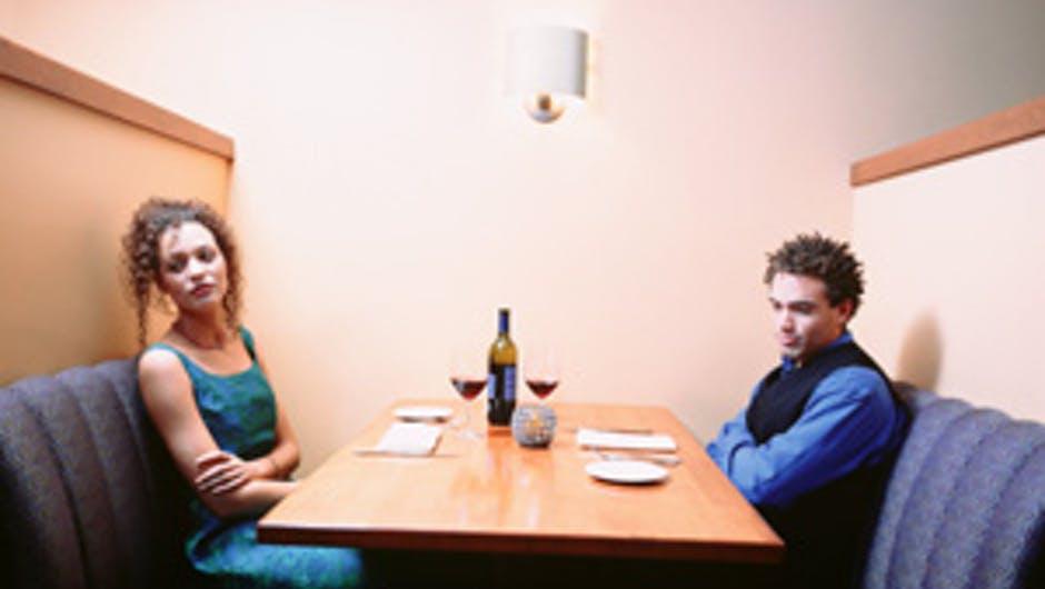 RITUEL POUR STOPPER UN DIVORCE RAPIDEMENT DU MAÎTRE MARABOUT JEAN MEHINTO